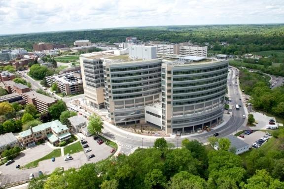 Врачи Федерального Кардиоцентра Красноярска прошли стажировку в США по применению системы ЭКМО - искусственного сердца